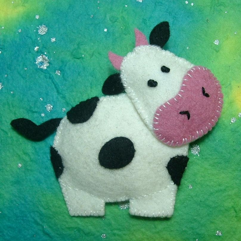 Broche de fielto gracioso de vaca