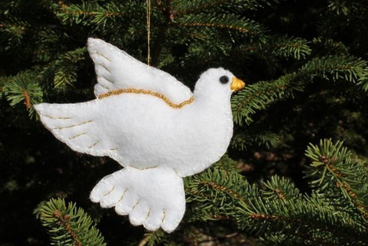 Adorno de fieltro para árbol de Navidad con forma de paloma mensajera