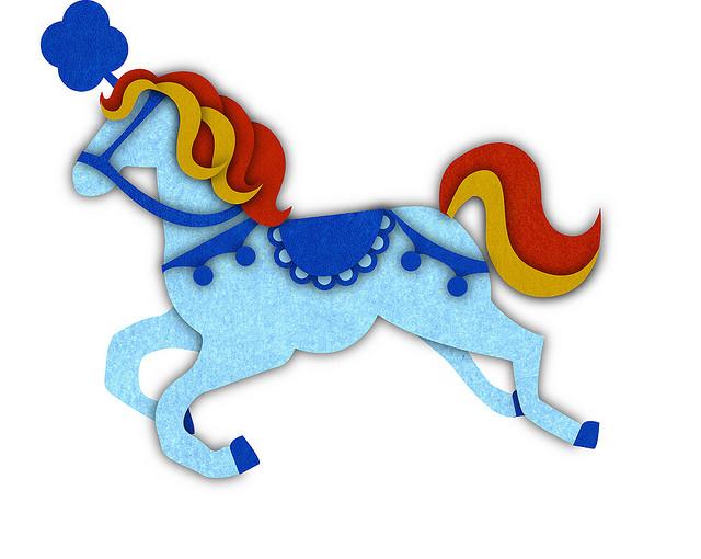 Plantilla o molde para manualidad con forma de caballo carrousel en fieltro o tela