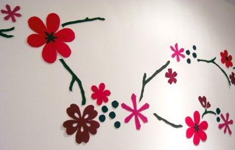 Mural de flores de fieltro para decorar paredes