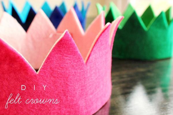 Corona de fieltro para cumpleaños infantil