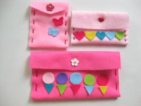 Manualidad para niños y niñas en verano, monedero o cartera de fieltro, fácil de hacer