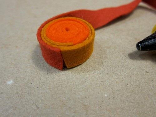 Tutorial para hacer una alfombra de fieltro, paso 2