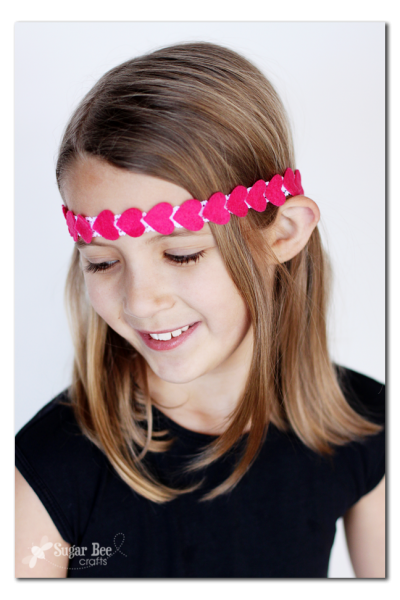 Diadema hippie para niñas con corazones de fieltro