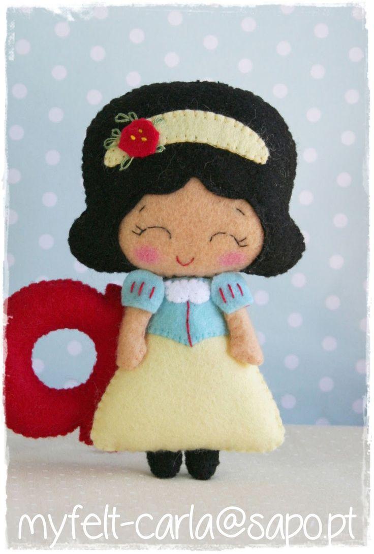 Manualidades fieltro, muñeca o broche con forma de Blancanieves