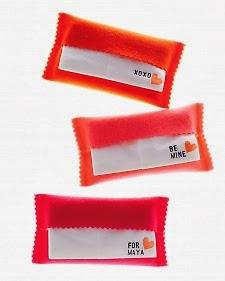 Ideas manualidades fieltro regalar en San Valentín, funda pañuelos