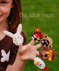 Marionetas de dedo hechas con fieltro y forma de animales