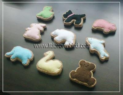 Manualidades de fieltro, galletas con forma de animales