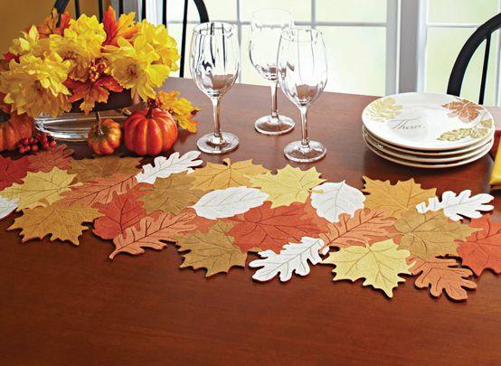 Caminos de mesa de fieltro para otoño con forma de hojas