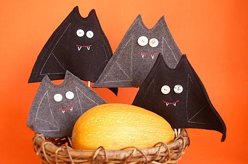 Murciélagos de fieltro DIY para decorar Halloween 3
