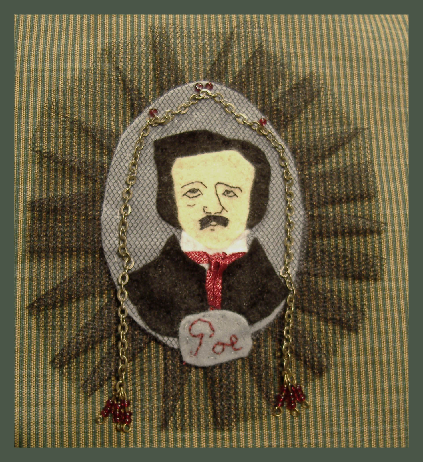 Edgar Allan Poe de fieltro