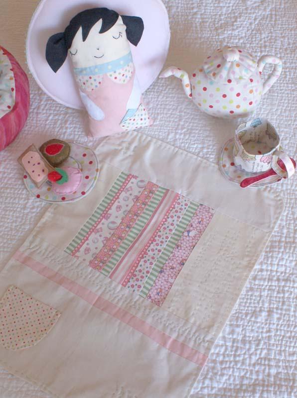 Plantilla para muñeca en fieltro o tela