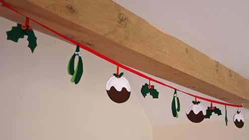 Guirnalda en fieltro para decorar tu casa en Navidad
