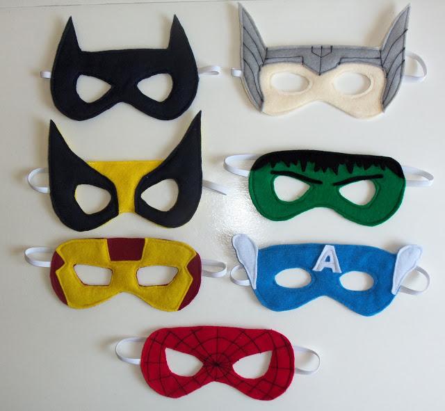 Antifaces de superhéroes en fieltro