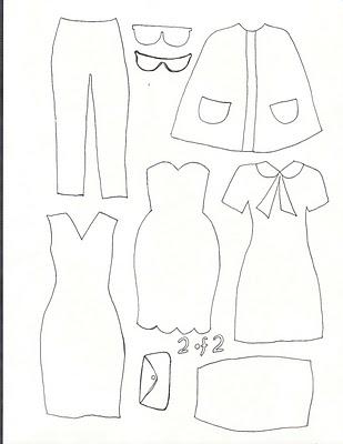 Tablero con muñecas de fieltro y velcro y con muchos diseños de ropa para vestirlas!