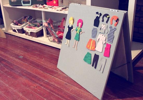 Juego para niñas DIY, tablero de fieltro y velcro con muñecas