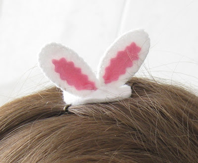 clip-adorno-pelo-orejas-conejo-fieltro-1