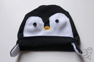 Gorro de fieltro para bebés con forma de pingüino, paso a paso 10