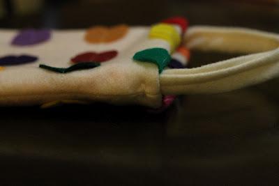 Bolso de mano de fieltro con lunares de colores, tutorial paso a paso