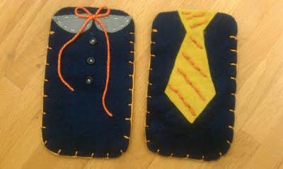 Funda de fieltro para móvil con corbata