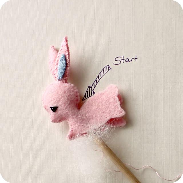 Tutorial broche o adorno pelo forma conejo, paso a paso 2