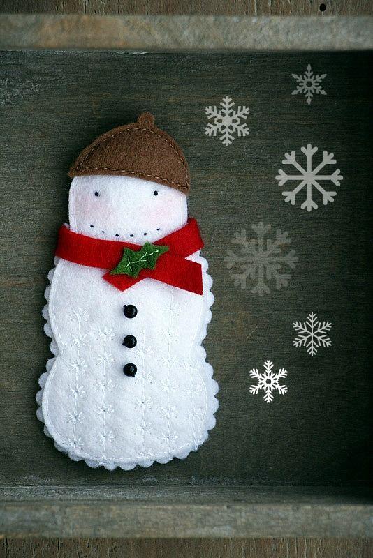 Broche fieltro Navidad muñeco de nieve