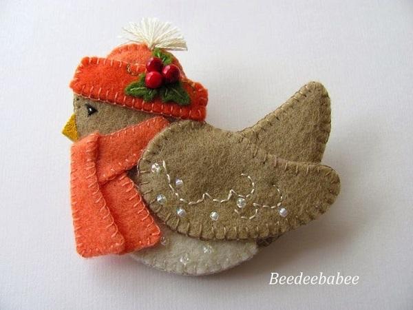Broche fieltro Navidad pájaro
