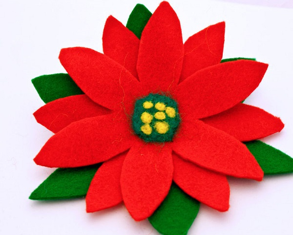 Broche fieltro Navidad poinsettia o flor de pascua