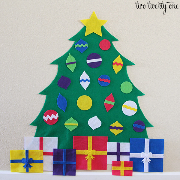 Árbol de Navidad de fieltro paso a paso y con patrones gratis