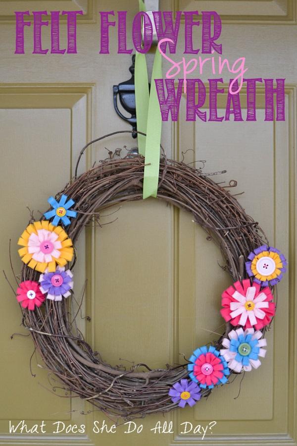 Corona de flores de fieltro para primavera 9