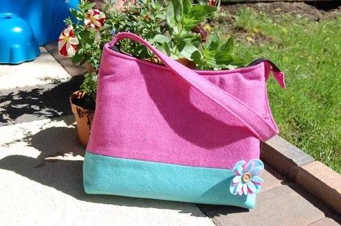 Bolsos con broches de fieltro de flores 7