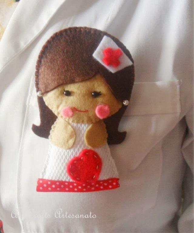 Broche de fieltro de enfermera 15