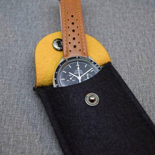 Funda fieltro reloj fácil 2