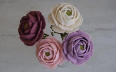 Cómo hacer flores de fieltro: Ranúnculos