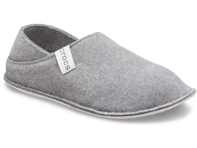 Pantuflas Crocs de fieltro gris claro